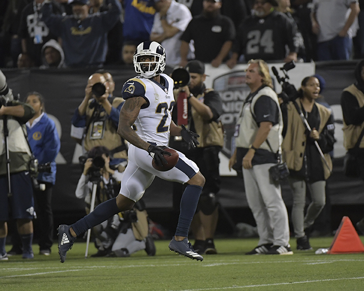 __Raiders.Rams 09-10-18_0018